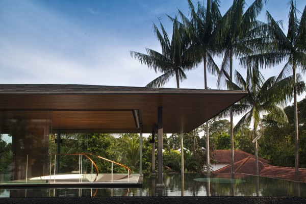 Water-Cooled House en Singapur, de Wallflower Architecture + Design