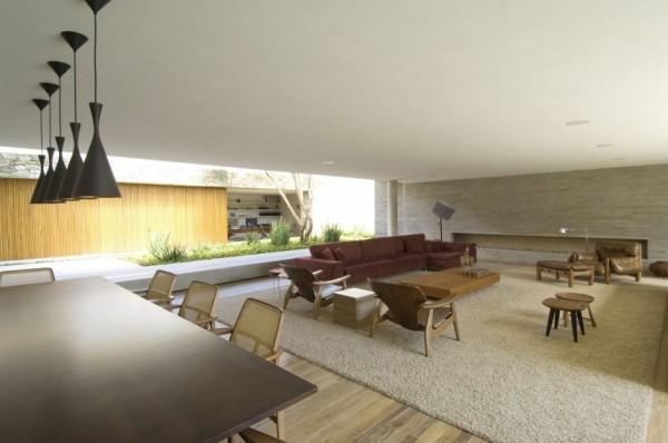 Casa 6 de Marcio Kogan, un porche tropical en São Paulo