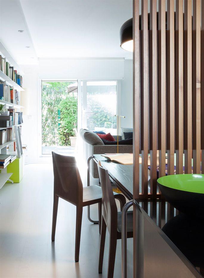 marbella35. Los dos cerramientos acristalados proporcionan una extraordinaria luminosidad en toda la planta. La ausencia de muros facilitan la claridad interior a lo largo de todo el día, inundando todos los rincones de vida